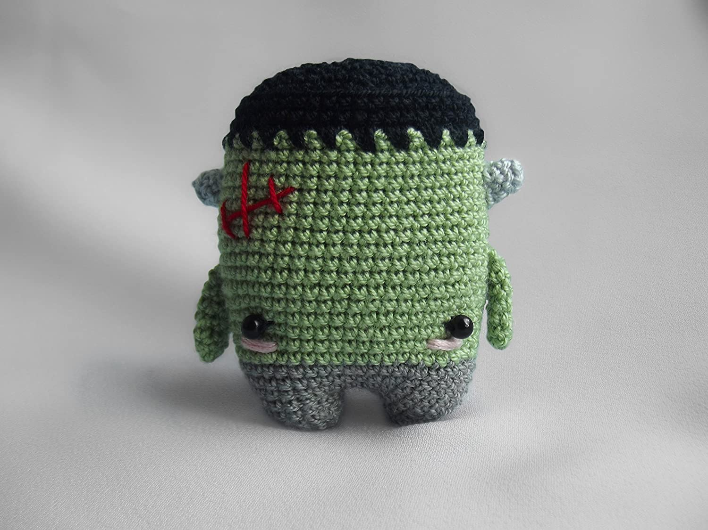 5.00 Zombie Amigurumi PDF Crochet Pattern by offthehookdesigns on ... | 1125x1500