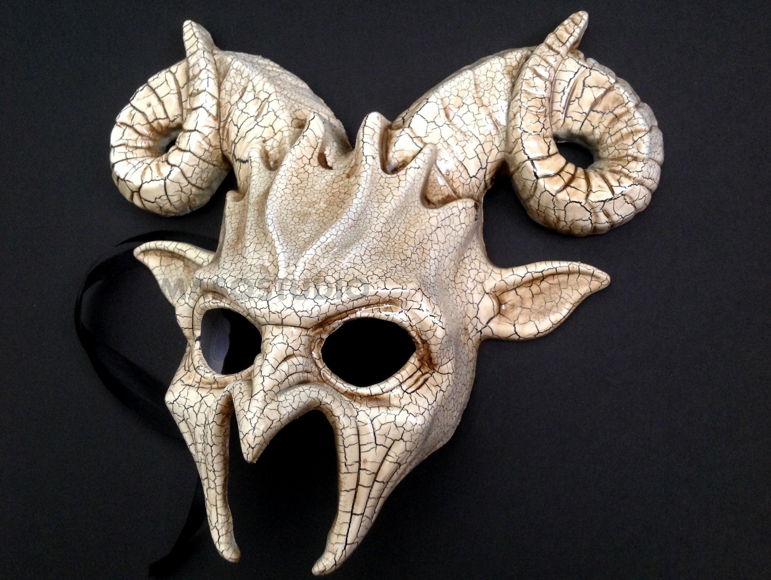 Crack Ram Goat Mask Animal Ram Masquerade Halloween Cosplay Big Horns mask