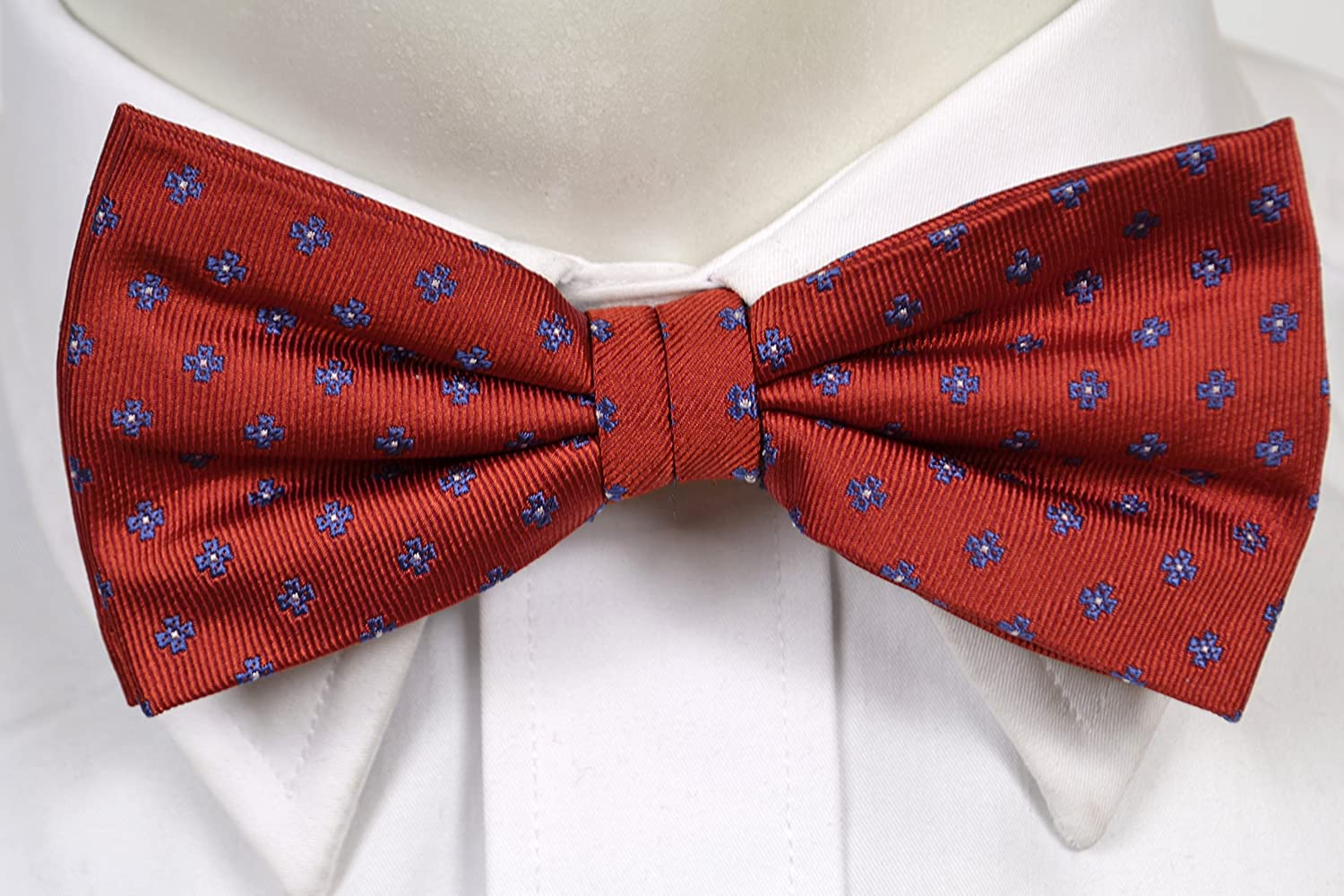 Pre tied bow tie - Navy wool flat-knit with light blue stripes - Notch UWE Notch CNMuV