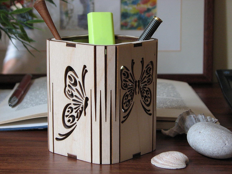 Natural handmade titolare piazza legno matita betulla 76x76x95 mm motivo farfalla portapenne