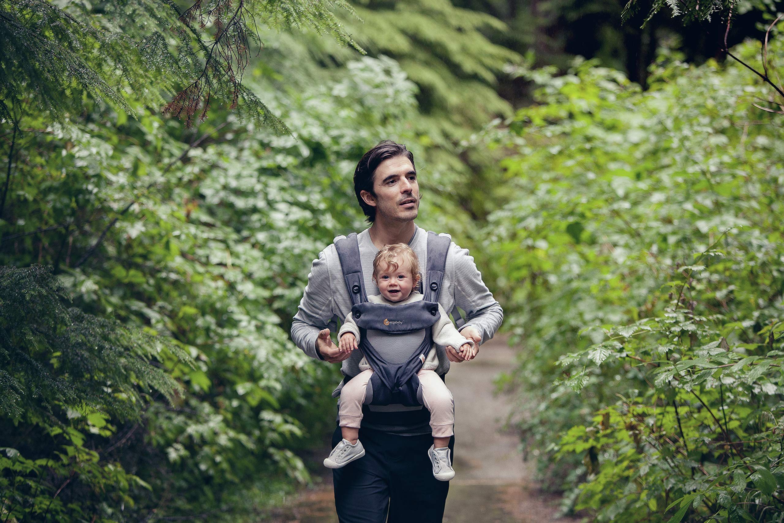 Ergobaby Carrier, 360 All Carry Positions Baby Carrier with Cool Air Mesh, Carbon Grey by Ergobaby (Image #3)