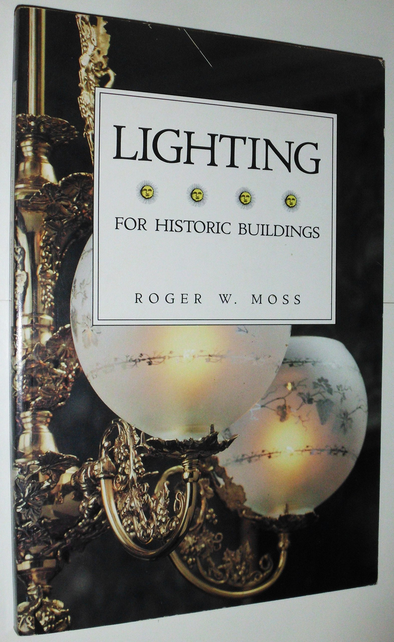 Lighting for historic buildings: A guide to selecting reproductions