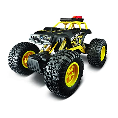 Maisto R/C 2.4 Ghz (8-Player) Rock Crawler 3XL Radio Control Vehicle With 6.4V Lithium-Ion Battery and Charger Included (Colors May Vary): Toys & Games