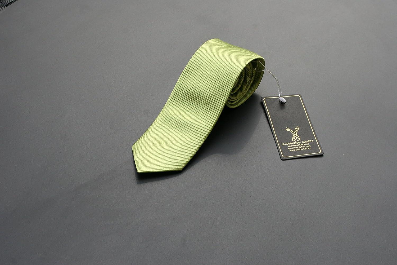 cravatta verde Cravatta uomo verde di seta di Pietro Baldini,