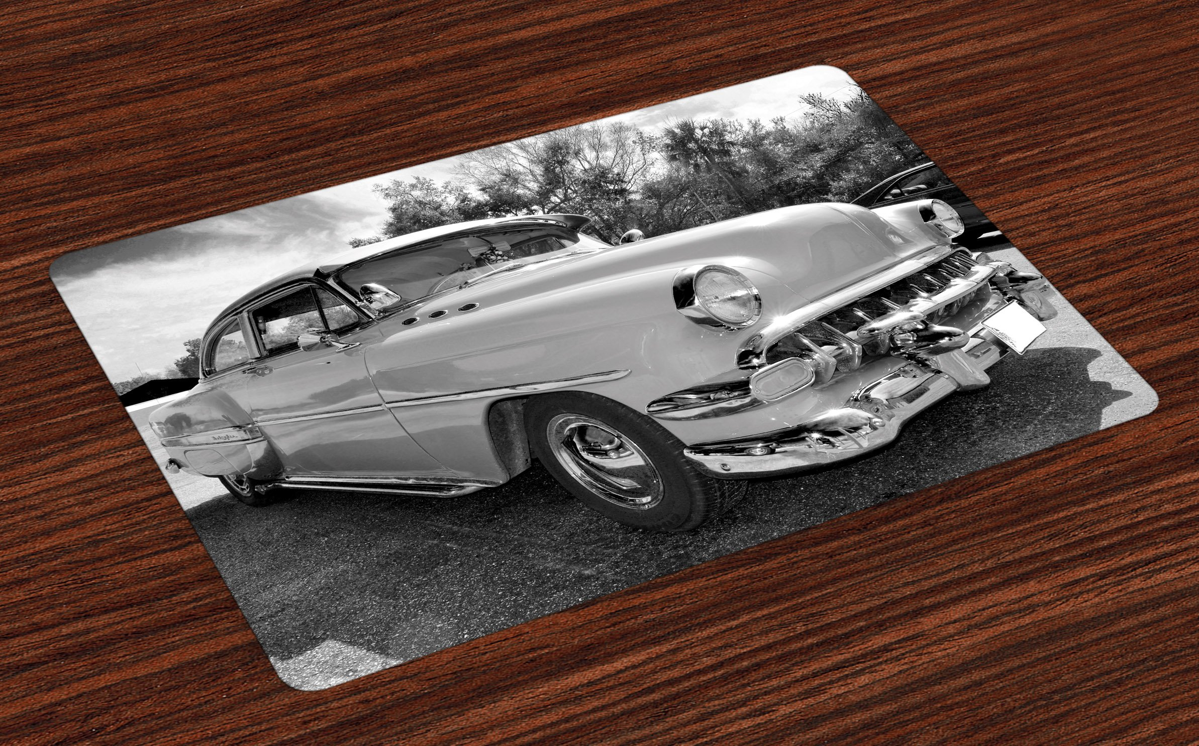 Lunarable Vintage Place Mats Set of 4, 50s 60s Retro Classic Pin Up Style Cars in Hollywood Movies Image Artwork, Washable Fabric Placemats for Dining Room Kitchen Table Decor, Black White and Gray