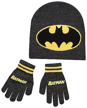8b2e1297508 Boys Kids Batman Winter Hat And Gloves Set  Amazon.co.uk  Clothing