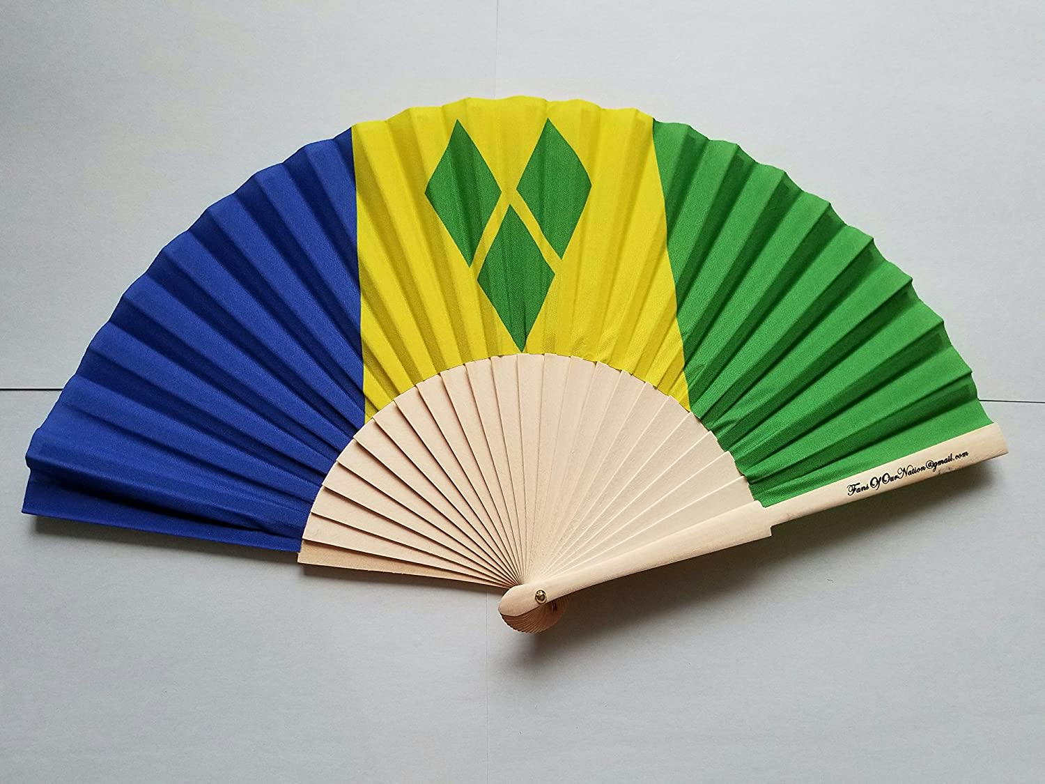 Fans Of Our Nation St Vincent and The Grenadines Flag Fabric Folding Hand Fan with Bamboo Handle
