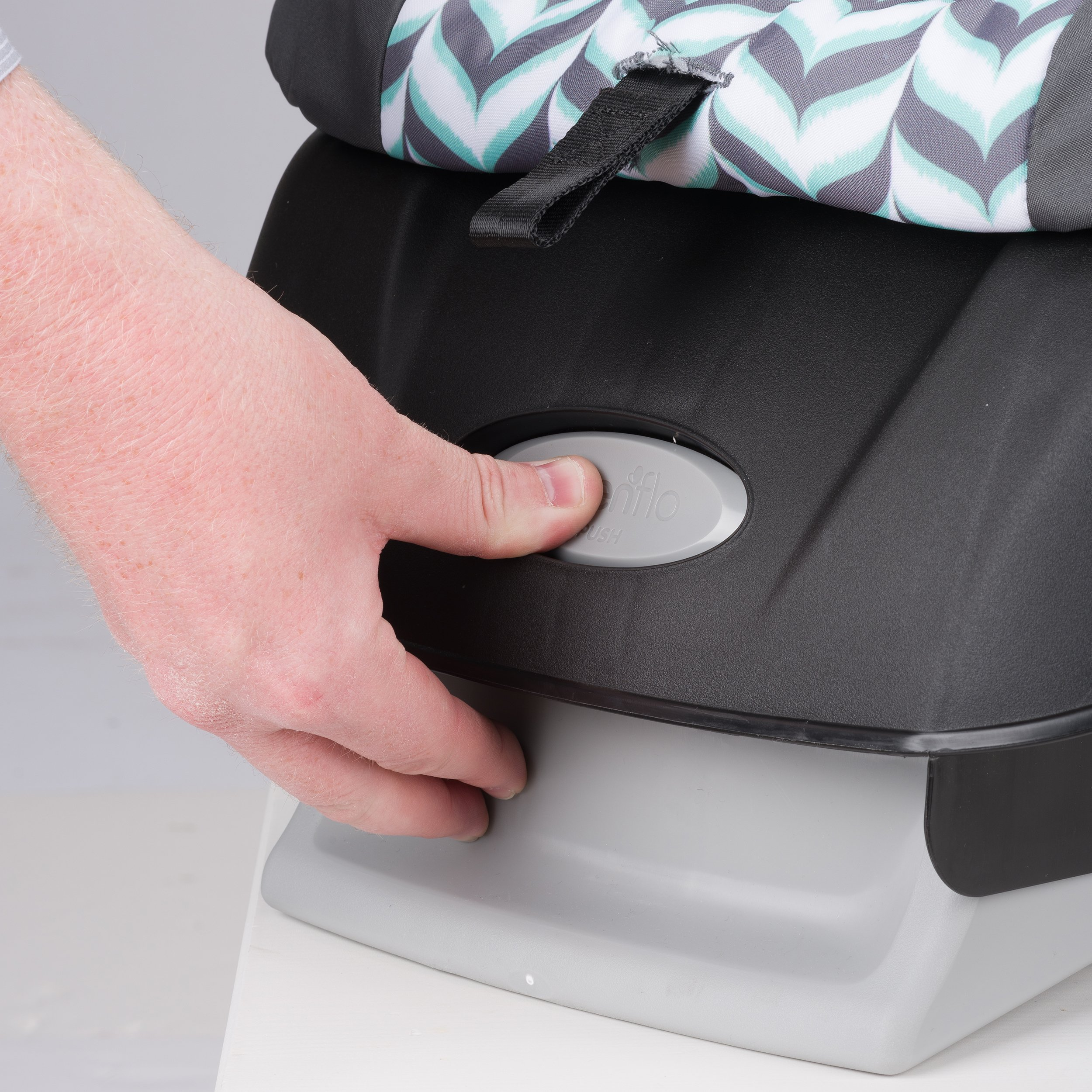 Evenflo Vive Travel System with Embrace, Spearmint Spree by Evenflo (Image #6)