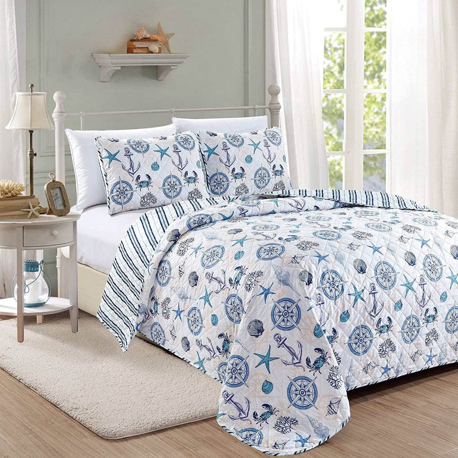 Great Bay Home Azure Coastal Collection 3 Piece Quilt Set with Shams. Reversible Beach Theme Bedspread Coverlet. Machine Washable. (Full/Queen): Home & Kitchen
