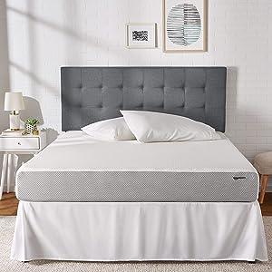 AmazonBasics - Memory Foam Mattress - Extra Support Bed, Medium Firm Feel, 8-Inch, King Size