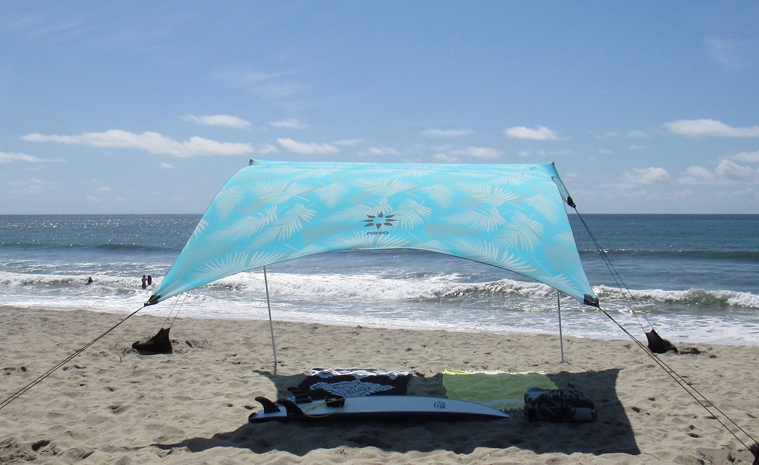 7ft x 2.7m Reinforced Corners and Cooler Pocket 9ft 2.1 m Tall Neso Tents Grande Beach Tent 2.7m 9ft