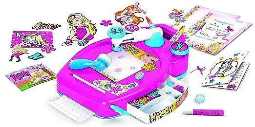 Nancy - Card Studio Design (Famosa 700012428): Amazon.es: Juguetes y juegos