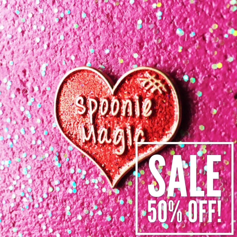 Spoonie Magic Red Glitter Heart enamel pin 25mm
