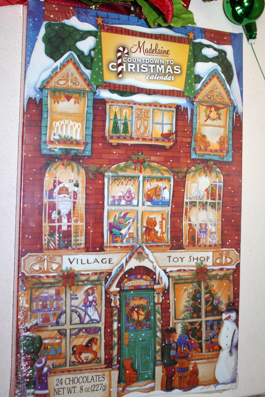 FavorOnline Christmas Santa Village Toy Shop Chocolate Advent/Countdown Calendar
