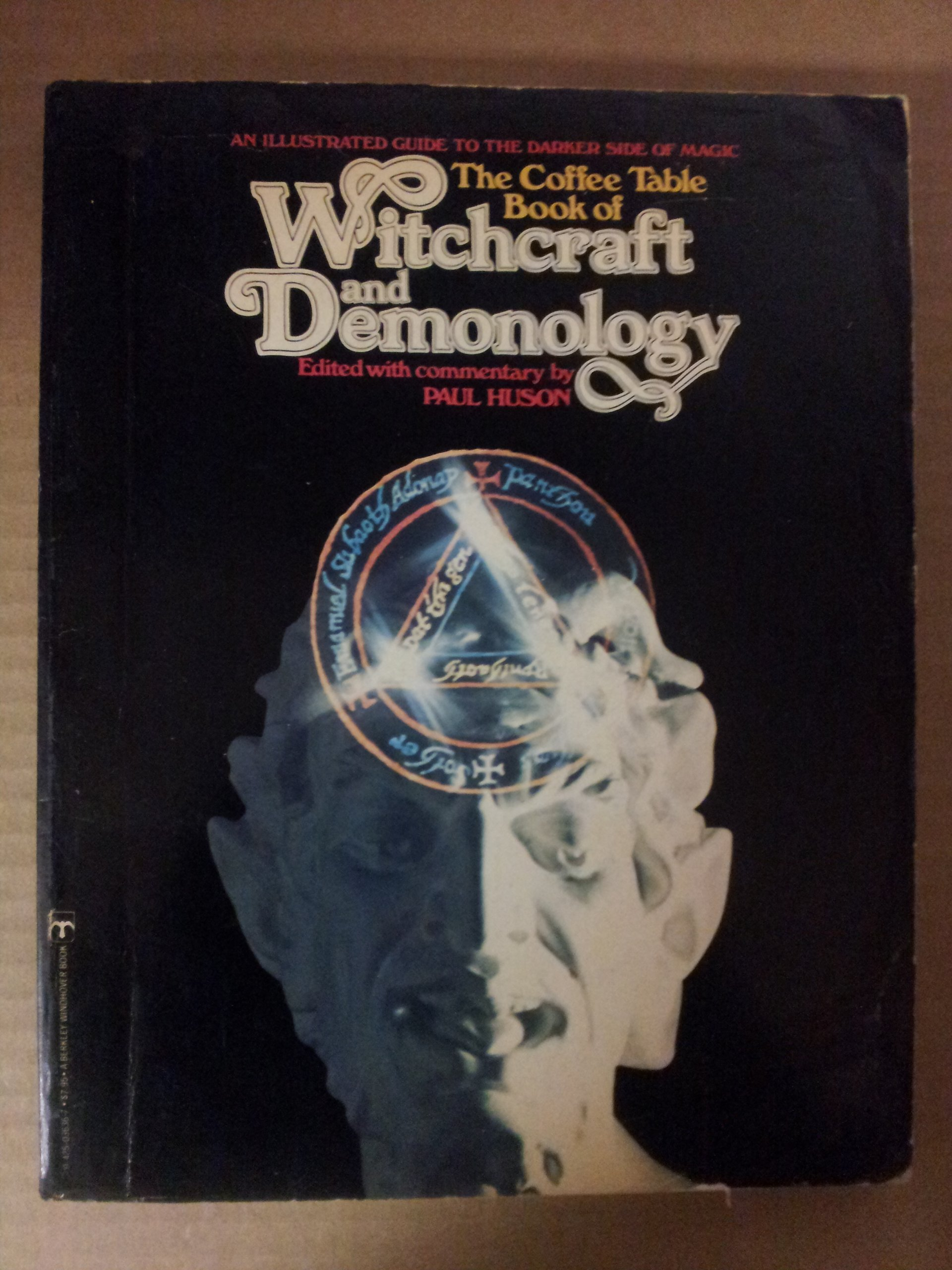 Coffee Table Book of Witchcraft and Demonology, Huson,
