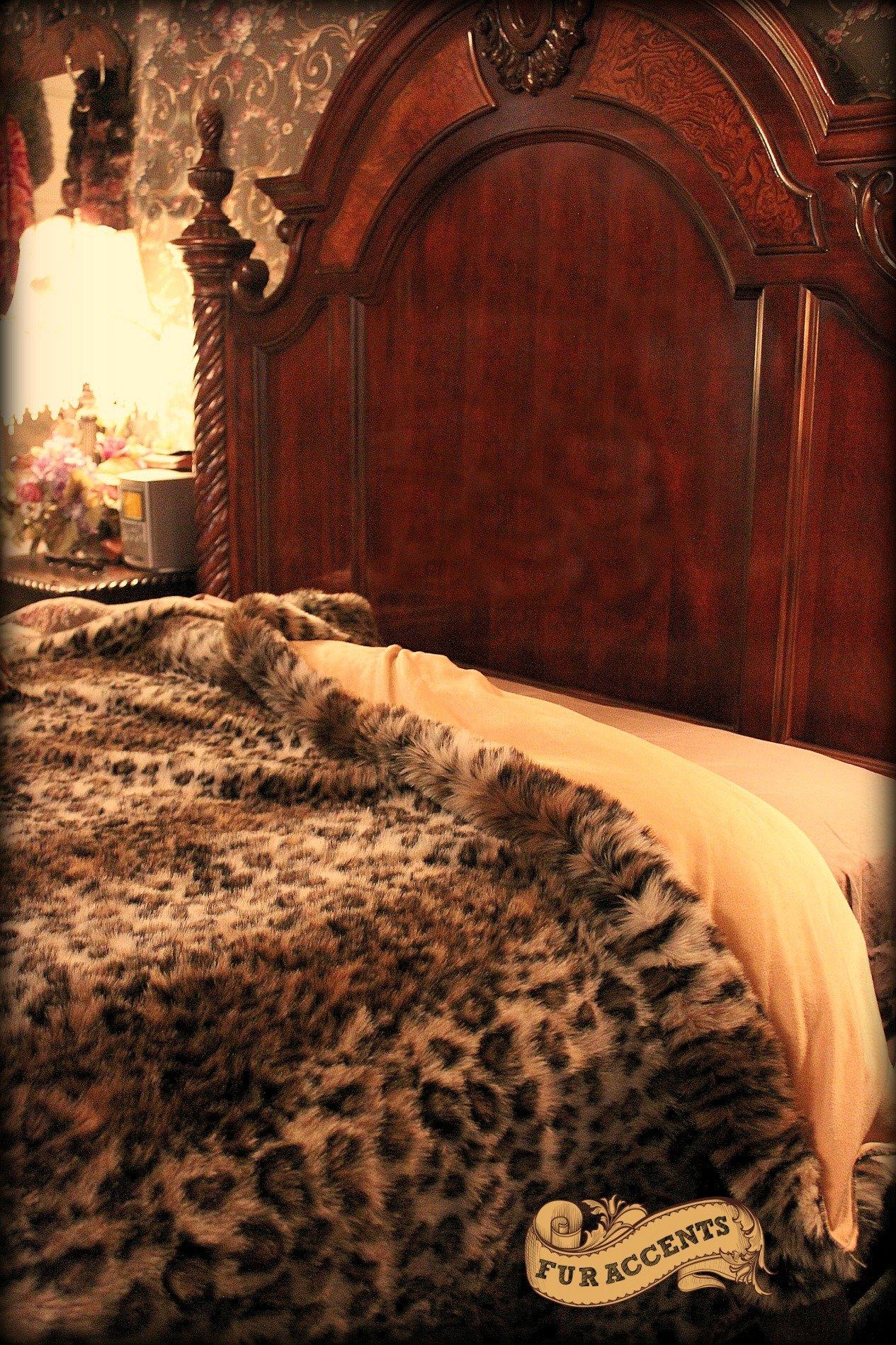 Plush Faux Fur King / Queen Size Bedspread / Throw Blanket / Luxury Leopard Stripe Faux Fur