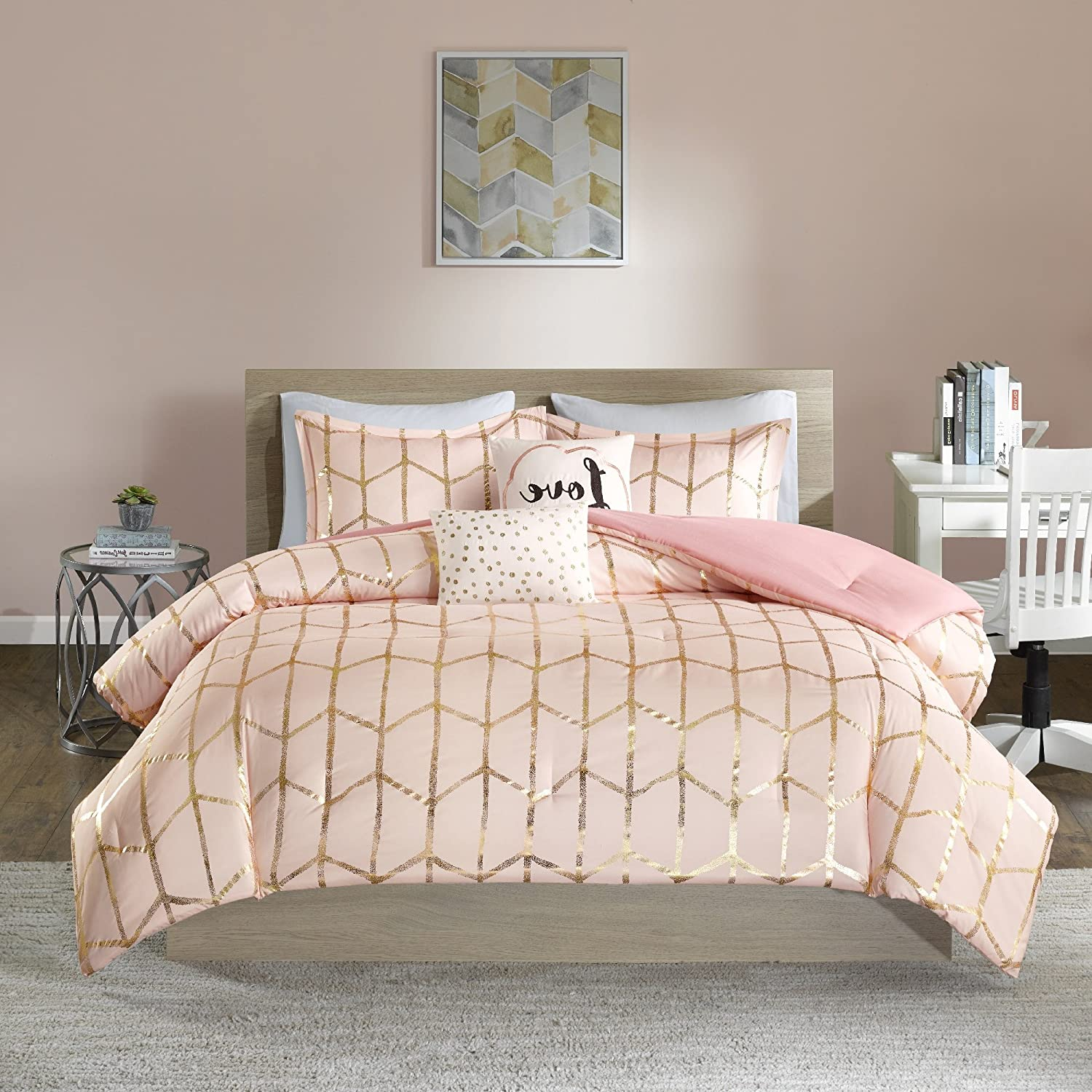 Elegant Bedding Set to Buy now