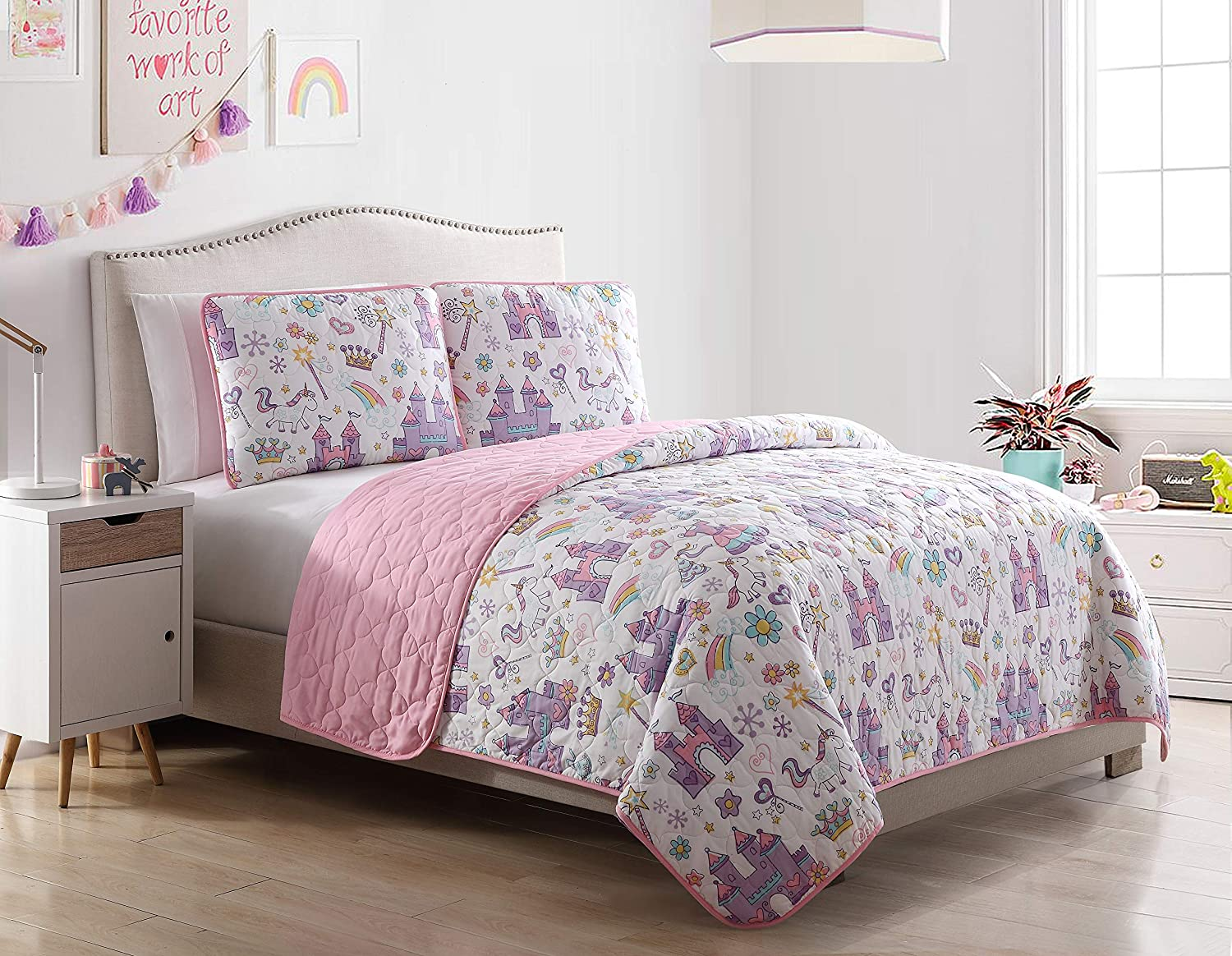 Kute Kids Unicorn Magic Castle Quilt Set, Includes Sham(s) Design Features a Castle, Rainbow, Crown and Unicorn – Available in Twin & Full/Queen (Full/Queen) Morgan Home Fashions