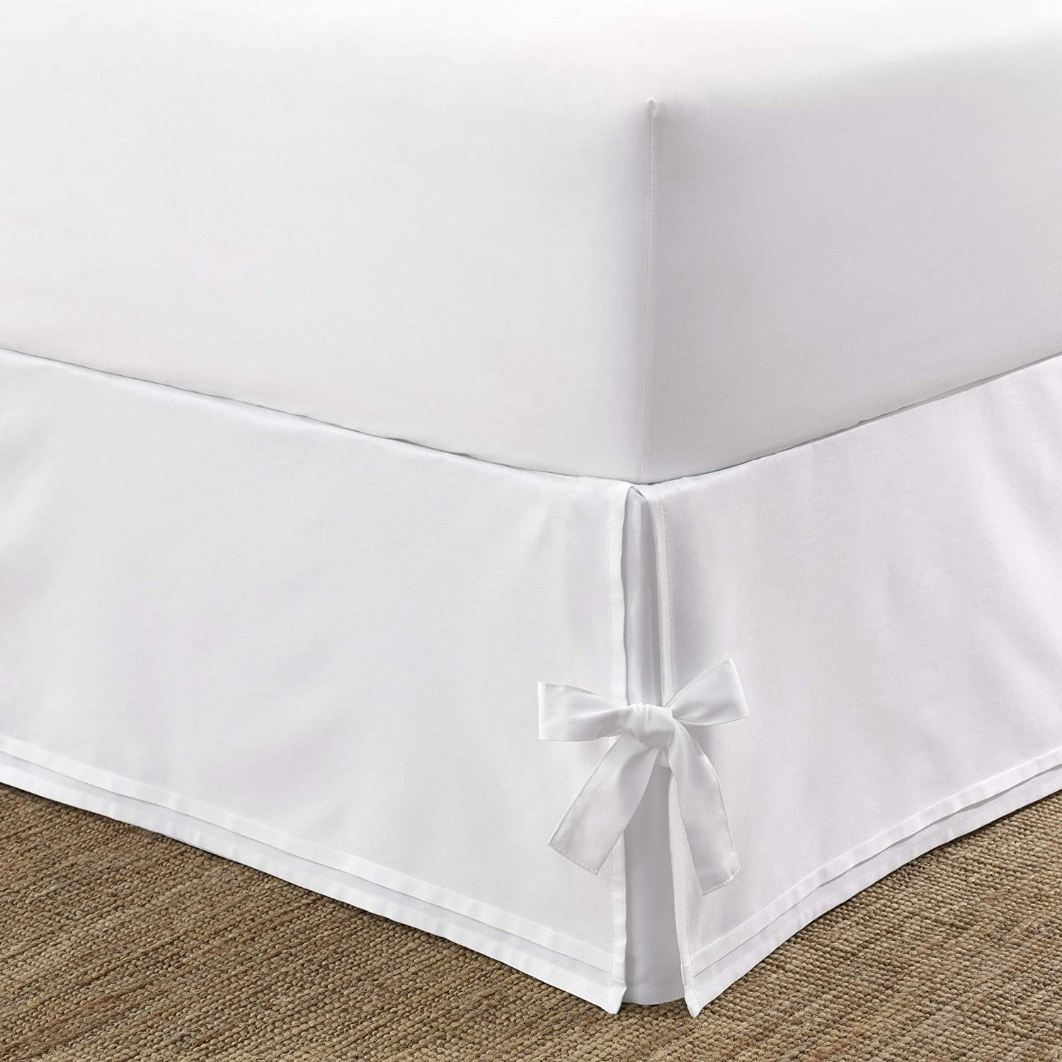 Laura Ashley Home | Corner Ties Collection | Luxury Premium Hotel Quality Bedskirt, Easy Fit, Anti Wrinkle & Fade Resistant, Stylish Design for Home Décor, King, White