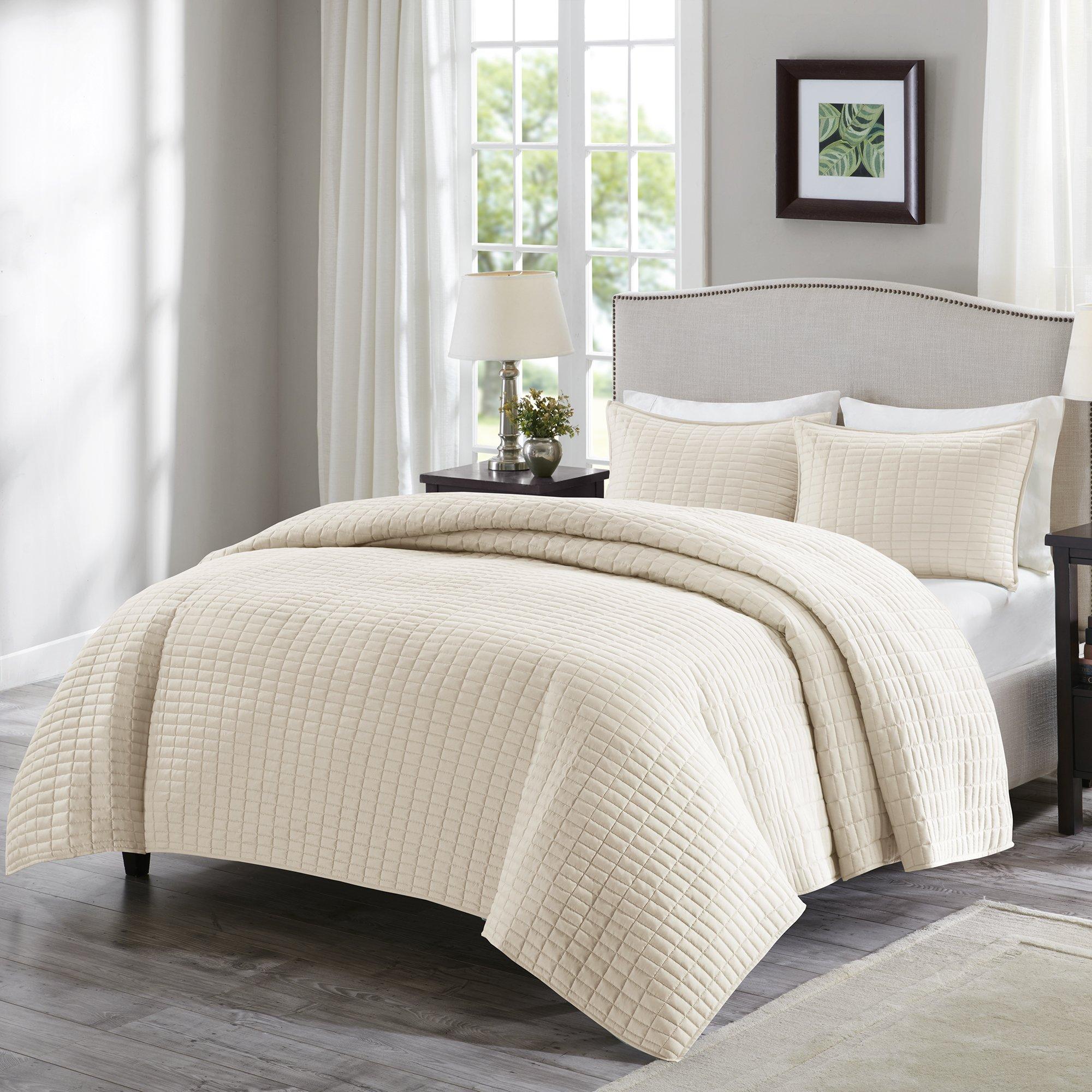 Comfort Spaces - Kienna Quilt Mini Set - 3 Piece - Ivory - Stitched Quilt Pattern - King size, includes 1 Quilt, 2 Shams