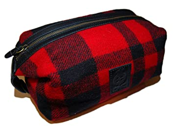 Amazon.com   Polo Ralph Lauren Mens Buffalo Plaid Wool Lavatory Travel Dopp  Bag Red Black   Beauty 823df9ee40d9c
