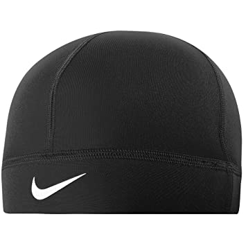 10a8a7e53c9 Nike Running Hat - Pro Hyperwarm Skull Cap Black One Size  Amazon.co ...