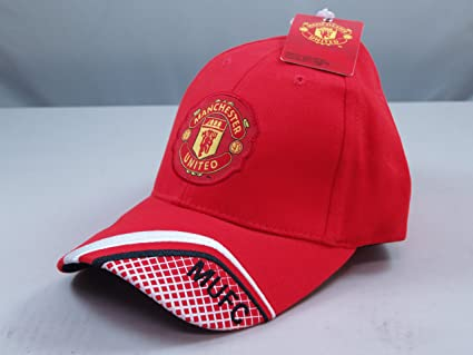 a9eeece42ef Image Unavailable. Image not available for. Color  FC MANCHESTER UNITED  OFFICIAL TEAM LOGO CAP   HAT ...