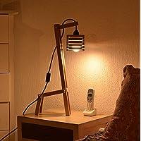Lámpara con pantalla de madera