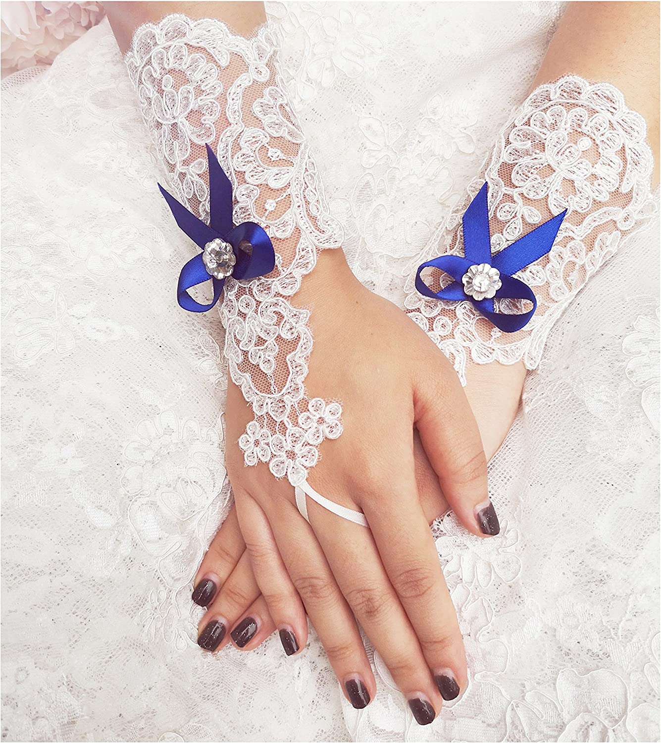 YuRongsxt Lace Bridal Gloves Bow Wedding Gloves Rhinestone Gloves A15