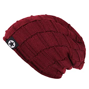 f3e923ce21a Noise Unisex Winter Maroon Block Knitted Beanie Cap  Amazon.in  Sports