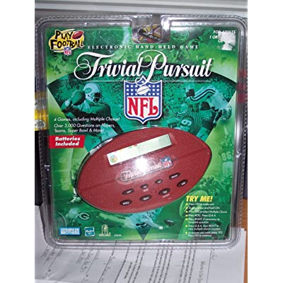 Parker Brothers Trivial Pursuit NFL Handheld Game: Toys & Games
