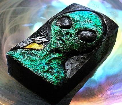 Moon Alien Mold