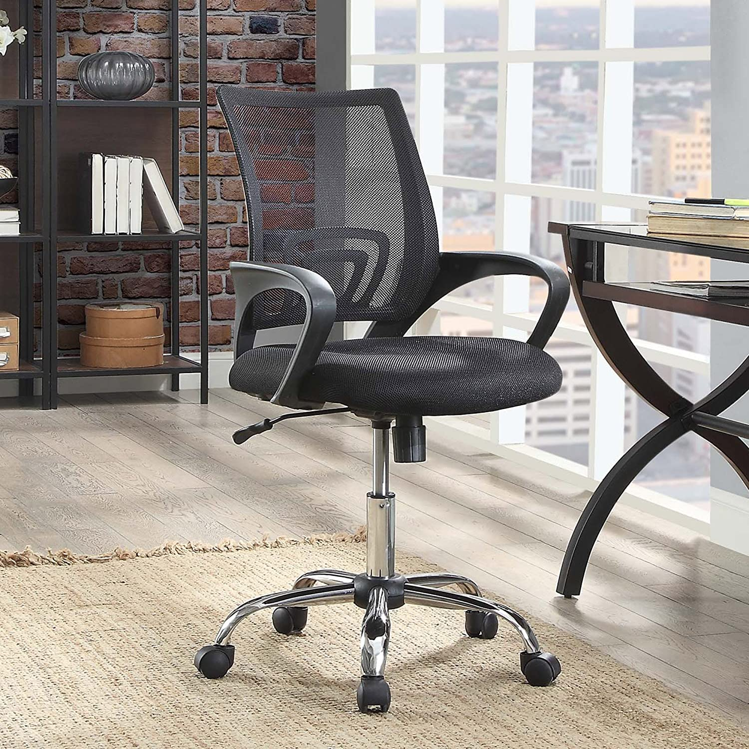 Amazon Com Mainstays Mesh Office Chair With Arms Furniture Decor