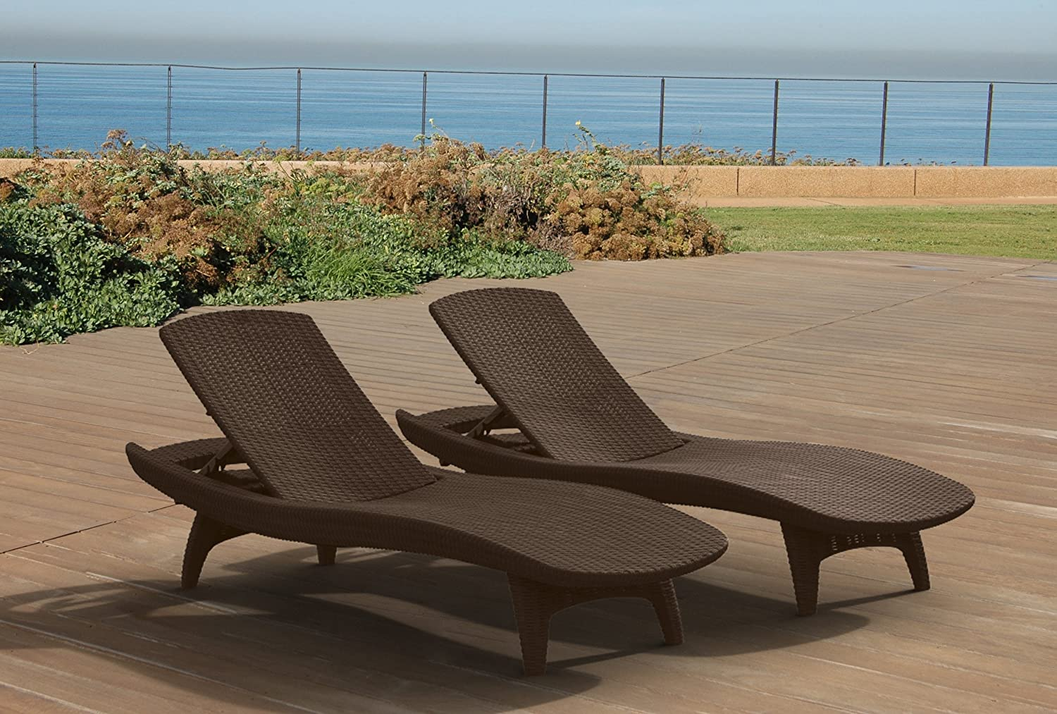 amazoncom keter pacific 2 pack all weather adjustable outdoor patio chaise lounge furniture brown patio lawn garden chez lounge furniture