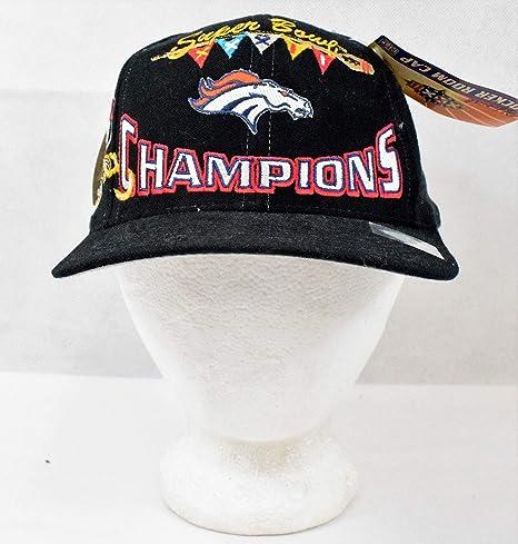 3479e1bdc Amazon.com  Logo Athletic - Denver Broncos Super Bowl XXXII Champions  Official Locker Room Cap (Snapback) - Great For Any Broncos Fan!
