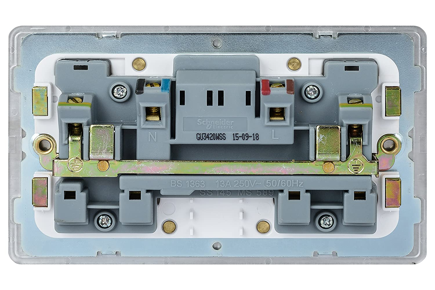 Schneider Electric Gu3420wss Ultimate Screwless Flat Plate 13a 13 Amp Plug Top Bs1363 Stevenson Plumbing Electrical Supplies Switched Double Socket Stainless Steel White Insert Diy Tools