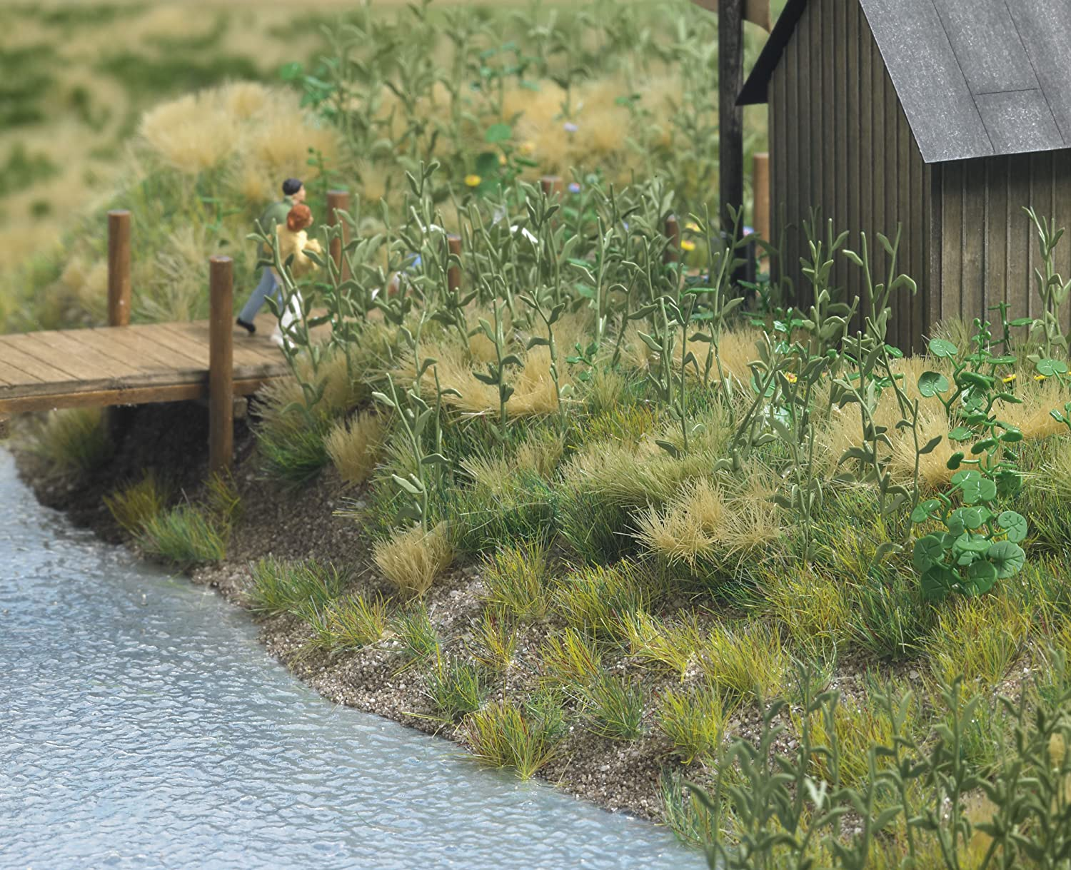 Amazon.com: Busch 1300 Groundcover Assorted 4/ HO Scenery ...
