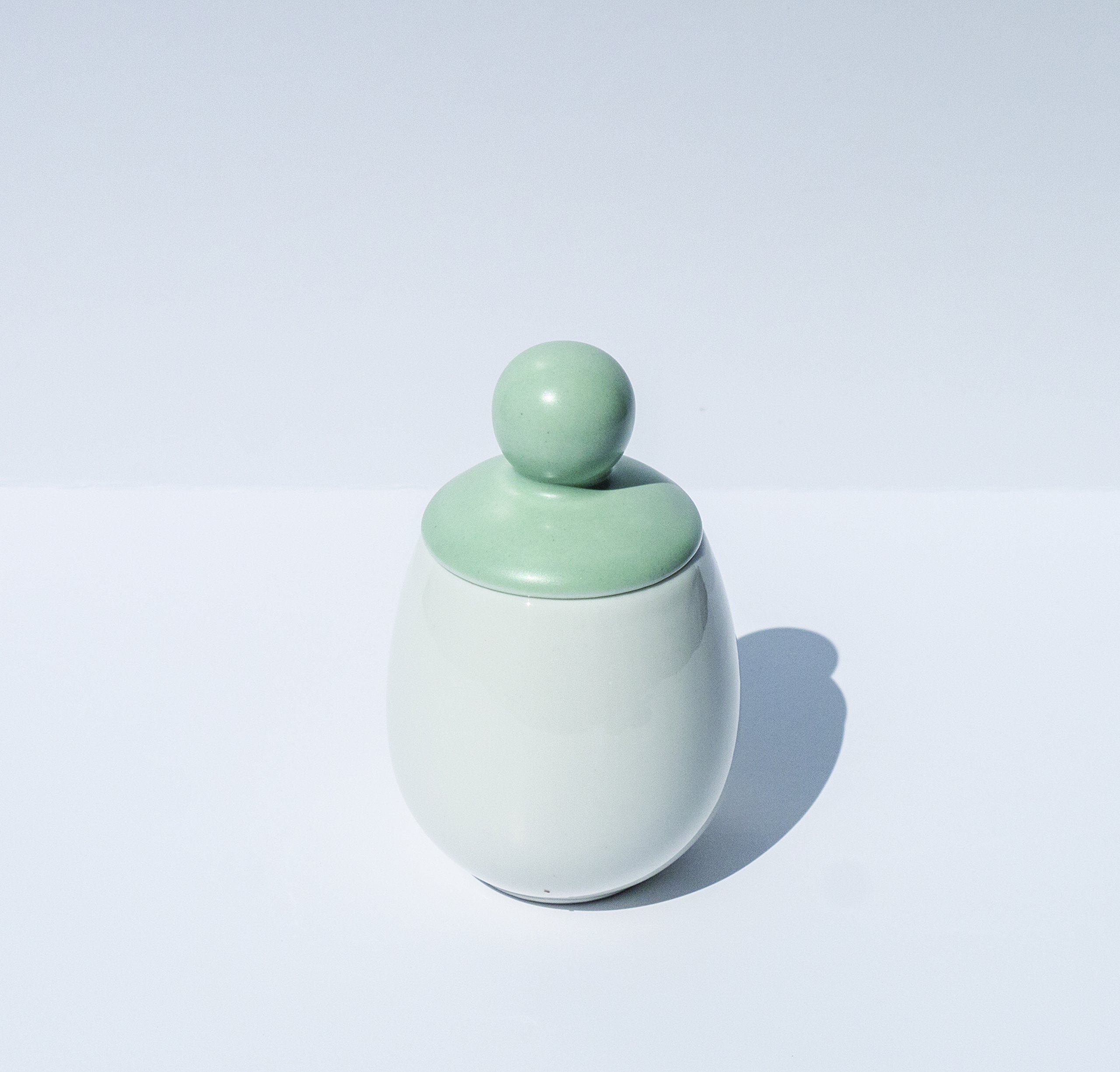 AggCoddler - Porcelain & Silicone Egg Cooker - Easily Cook Eggs with Toppings & Mix-Ins - Microwave & Dishwasher Safe - Steam, Poach, Boil Eggs - Displays Well in Kitchen (Green - Gullvie)…