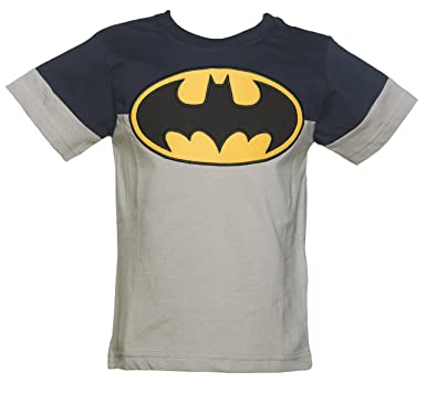 e3aac4c43ab Amazon.com: Fabric Flavours Kids DC Comics Batman Logo Colour Block Pocket T  Shirt from: Clothing