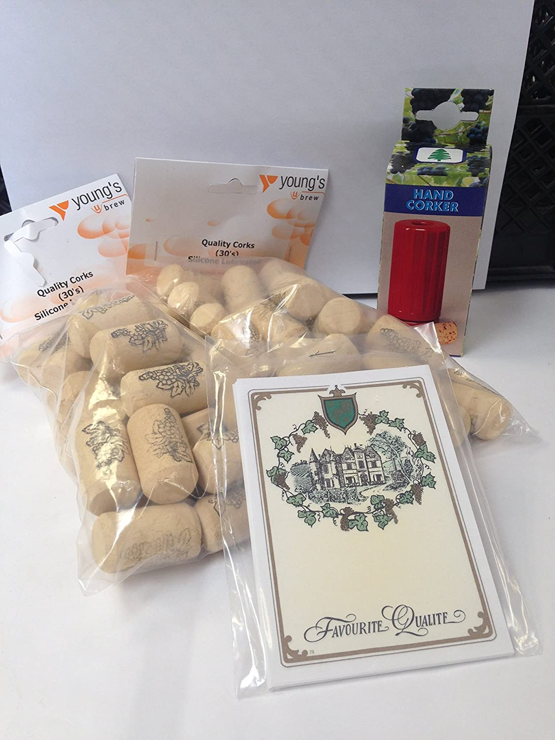 Youngs Set of 4-2 Packs of 30 Straight Wine Silicone Treated Corks /& No 79 Wine Labels /& Hand Corker