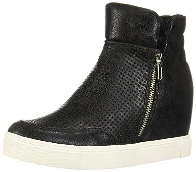 8ae0e5dc9aee Steve Madden Women s Linqsp Fashion Sneaker Black Size 5  Amazon.co ...