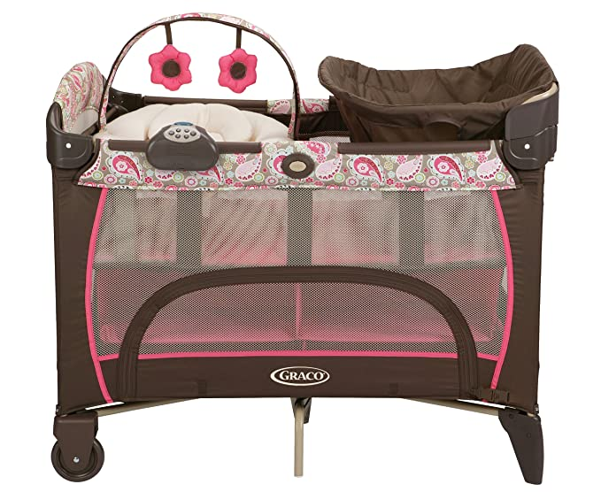 Graco Pack \'n Play Playard with Newborn Napper Station DLX ...