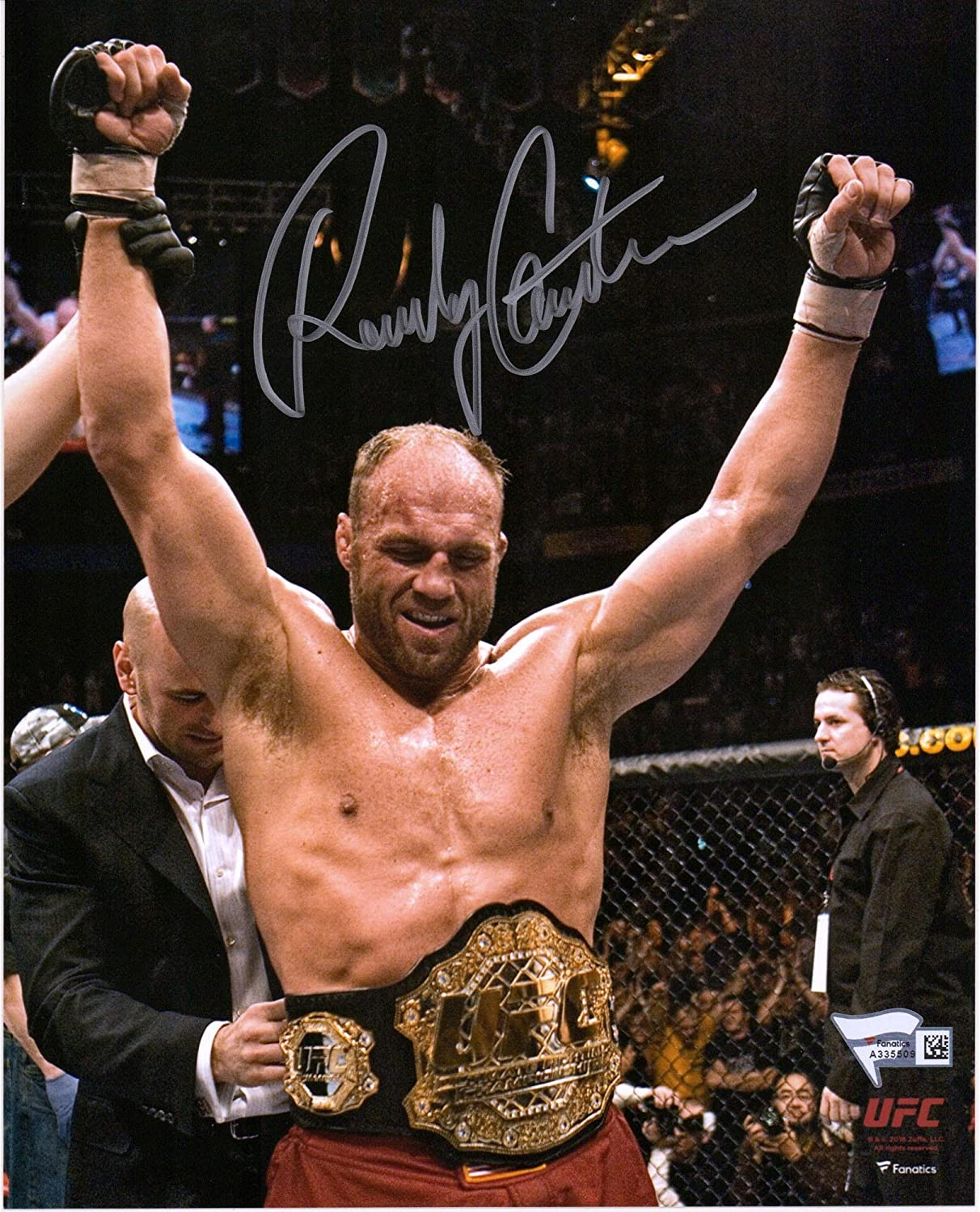 Randy Couture Ultimate Fighting Championship Autographed 8' x 10' Raising Arms Photograph - Fanatics Authentic Certified