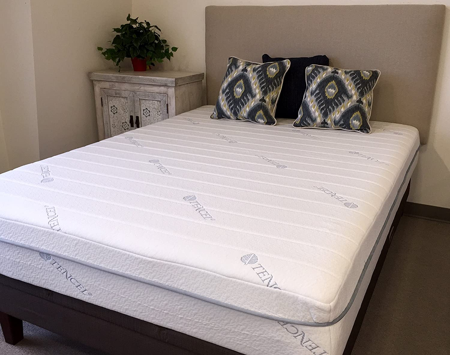 newest e81eb f5a32 11 inch tencel Full gel infused memory foam mattress: Amazon ...