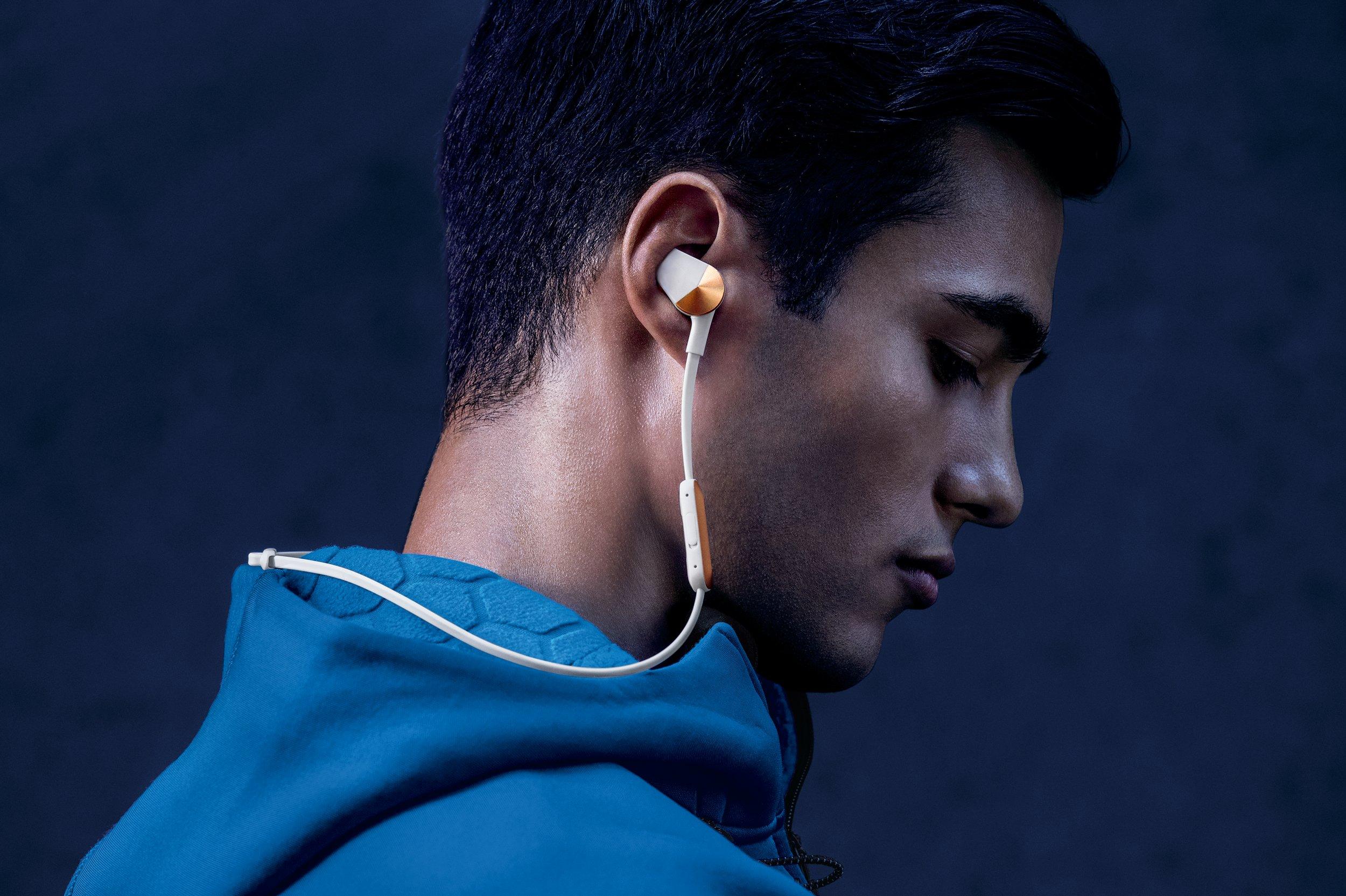 Fitbit Flyer Wireless Headphones, Lunar Gray by Fitbit (Image #6)