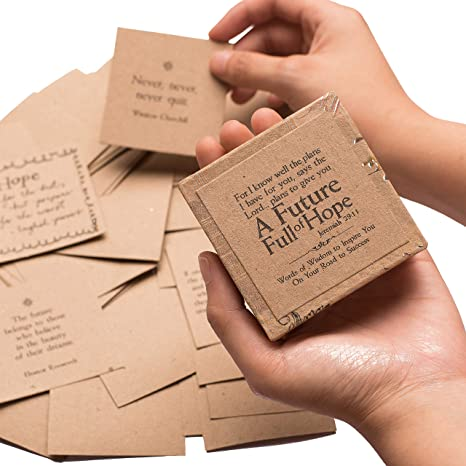 Amazon.com: Caja de 47 tarjetas inspiradoras de ideas de ...