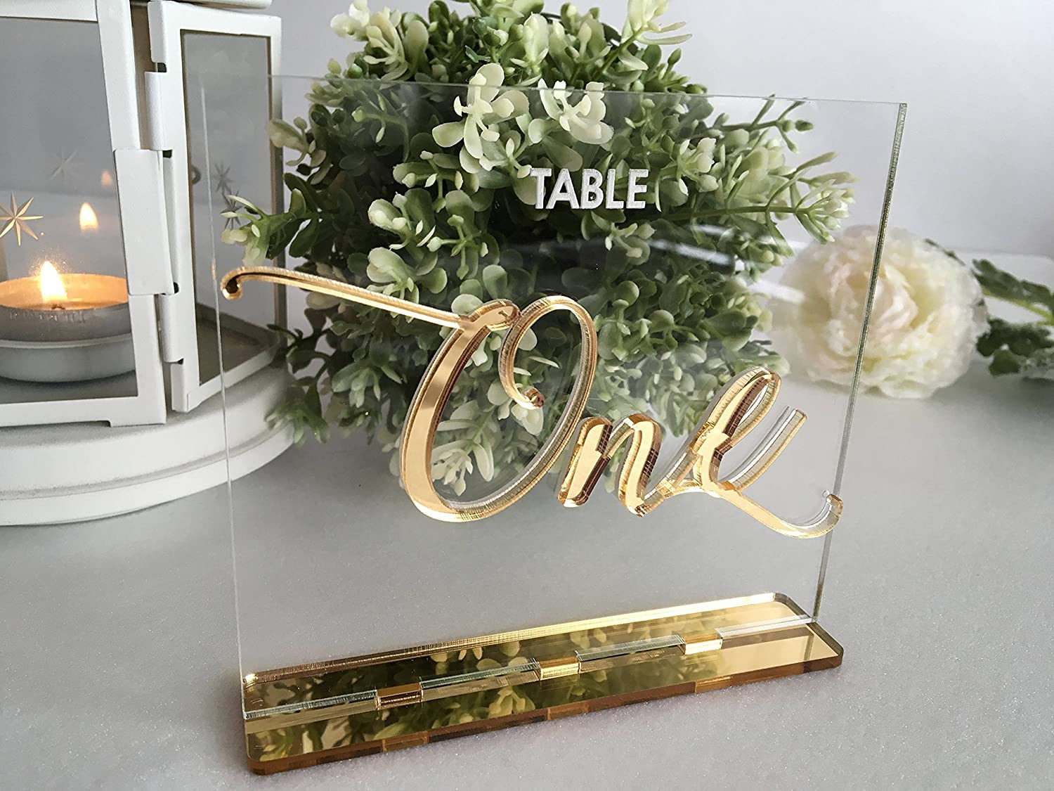 Wedding Table Numbers for Luxury Weddings Calligraphy Gold Mirror Clear Acrylic Signs Modern Centerpieces Decorations Number Holders Engraved Tags Party Event Centerpiece Decor Standing Bridal Shower