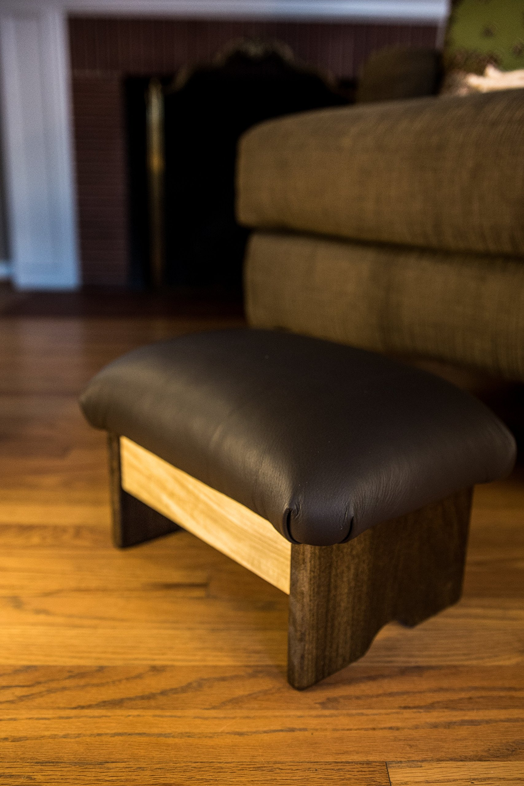 Padded Foot Stool: Dark Chocolate Truffle Leather (Made in the USA) (9'' Tall - Chic Frame)