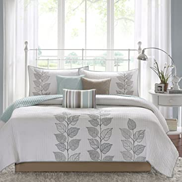 Madison Park Caelie Queen Size Quilt Bedding Set - Aqua, White, Leaf Embroidery –