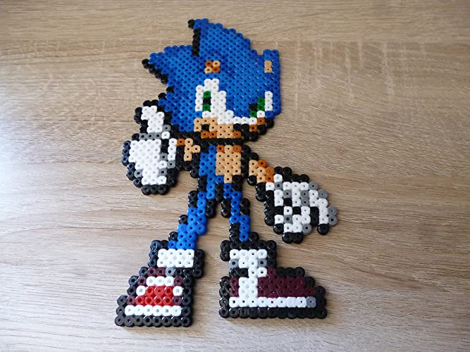 Amazon com: Sprite Sonic - Hama Beads • Pixel Art • Perler